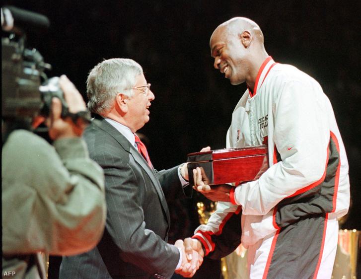 David Stern és Michael Jordan a csúcsra juttatták az NBA-t