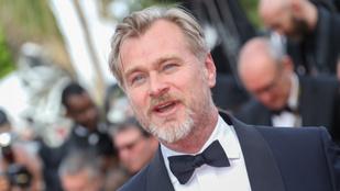 Christopher Nolannek nincs okostelefonja