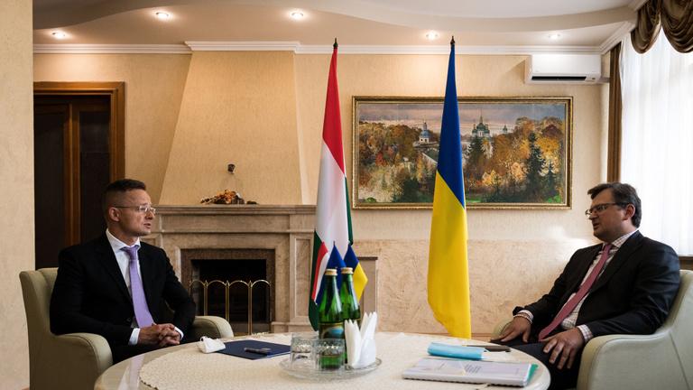Tehetetlenek lesznek Szijjártóék, ha Kijev a bírósági kártyát veszi elő