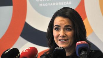 Bocsánatkérést követel Novák Katalintól a szakszervezeti szövetség nőtagozata