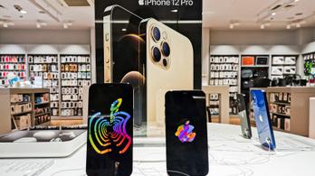 Harmadával több telefont rendelt az Apple