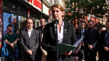 A helyi Momentum és Jobbik is beleszállt Baranyi Krisztinába