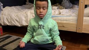 Ez az ötéves, New York-i kisfiú rendszeresen meditál