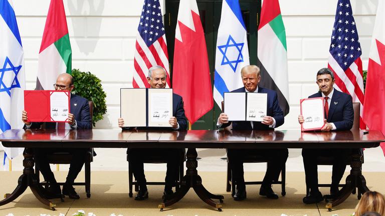 Izraellel ácsoltatják az Irán-ellenes koalíciót