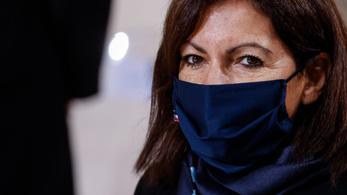 Megbüntették a párizsi városvezetést, mert túl sok női vezetőjük van
