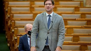 Gulyás: Nem lesz szavazás Deutsch Tamás kizárásáról