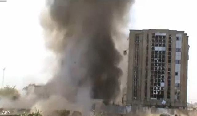 A Boko Haram idén májusban közétette egyik robbantásos akciójáról készült videóját