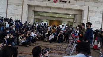Vádat emeltek tíz ember ellen Kínában, mert el akartak menekülni Hongkongból
