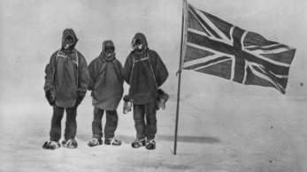 Nagy-Britanniában marad az 1907-es sarkkutató expedíció szánja és zászlója