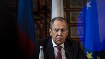 Lavrov mulatságosnak minősítette, hogy a Kreml mérgezte volna meg Navalnijt