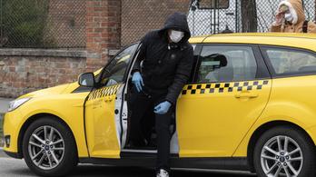 Óriási bajban vannak a taxisok