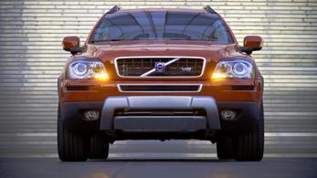 V8-as városi terepjáróba tenném a családot