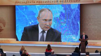 Putyin akkor oltatja be magát, amikor a vakcinát az ő korosztályának is javasolják