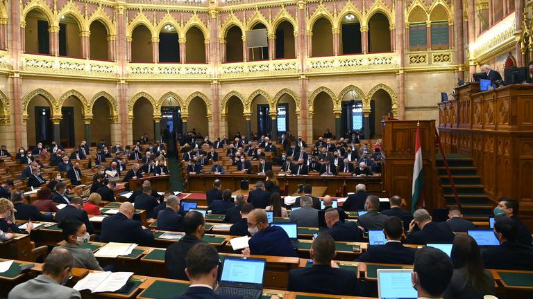 Mutatjuk, kik voltak a parlament legaktívabb politikusai idén