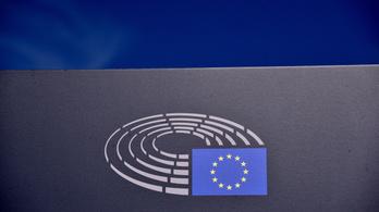 Újra elővette a menekültügyet az Európai Parlament