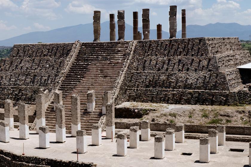 azték-piramis2