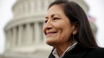 Az Egyesült Államoknak őslakos, indián származású belügyminisztere lesz