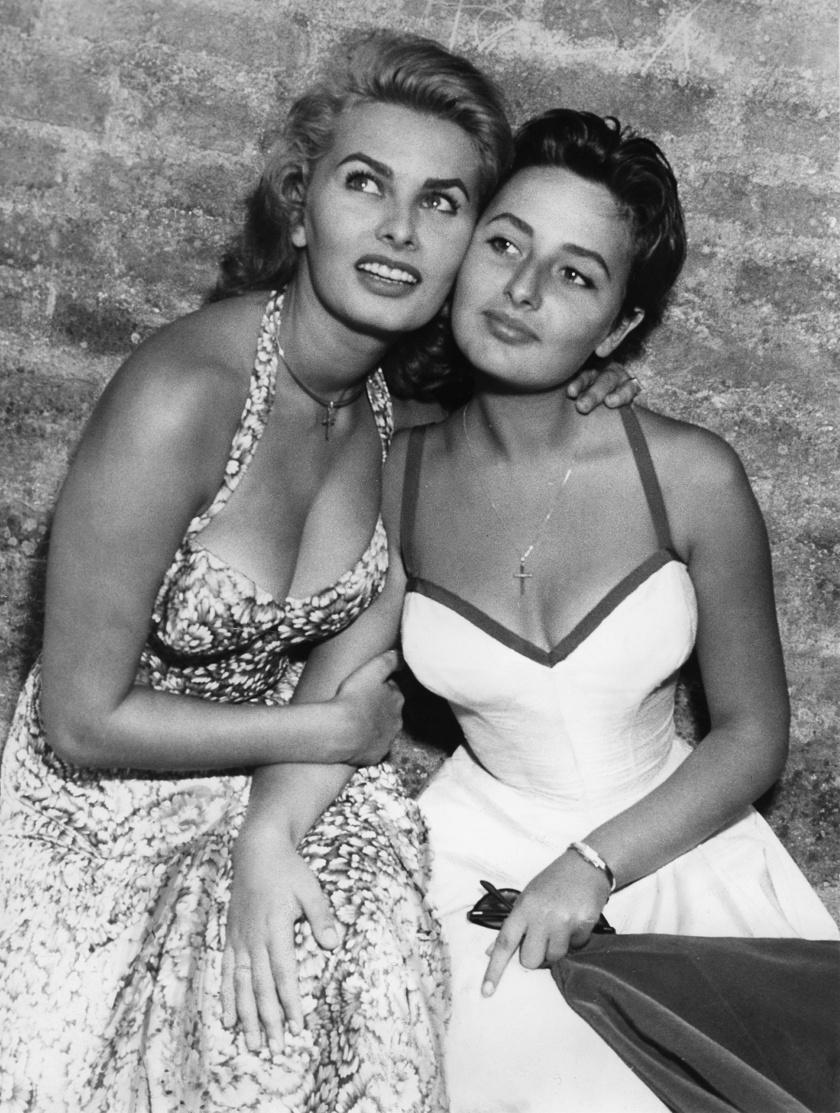 Sophia Loren és négy évvel fiatalabb húga mindig is nagyon szoros kapcsolatban álltak egymással.