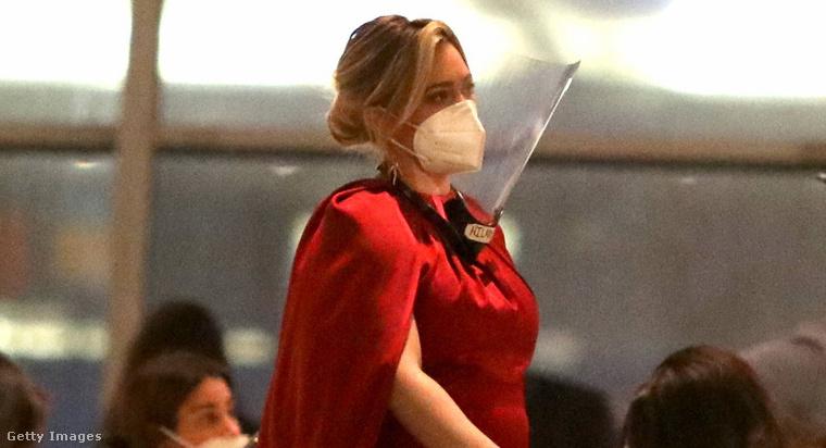 3. Hilary Duff
