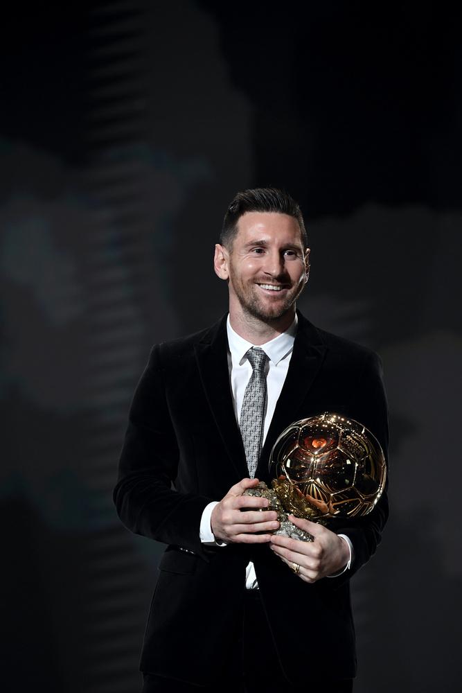 A sportolók triumvirátusának harmadik tagja  Lionel Messi, aki meg Ronaldótól maradt le 1 millió dollárral