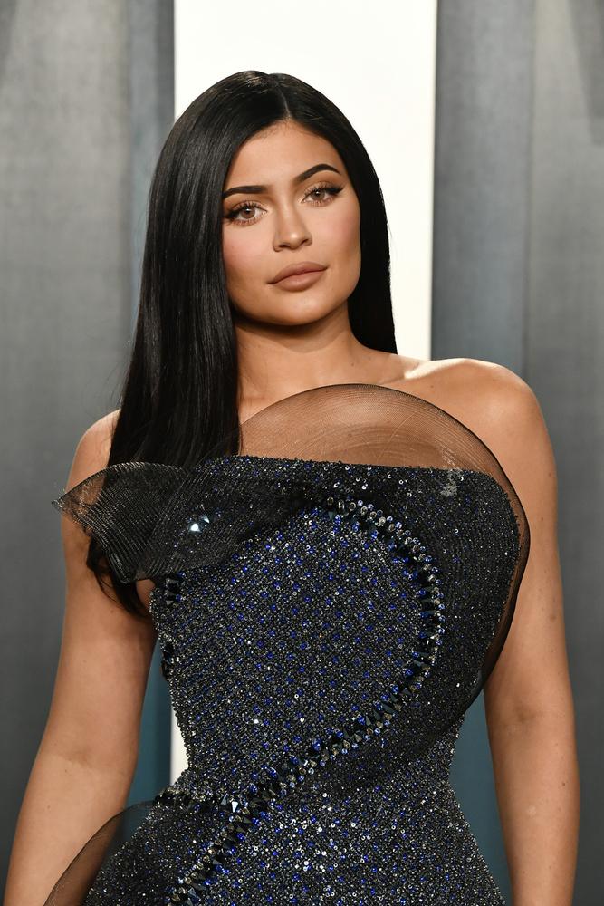 A Forbes 2020-ban is elkészítette listáját a 100 legjobban kereső hírességről, akik között Kylie Jenner ismét kitűnt