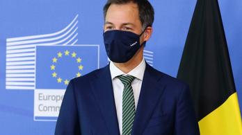 Új vírustörzs terjed, már nyolc európai ország tiltotta le a brit repülőgépeket