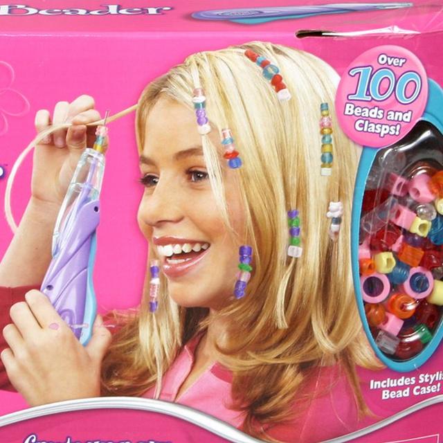 Ilyen volt kislánynak lenni a 90-es években - Mindenki sütibabára és Barbie-álomházra vágyott