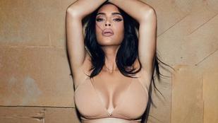Kim Kardashian szétoszt egy csomó pénzt, csak úgy