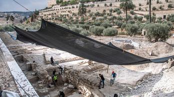 Kétezer éves rituális fürdőt fedeztek fel Jeruzsálemben