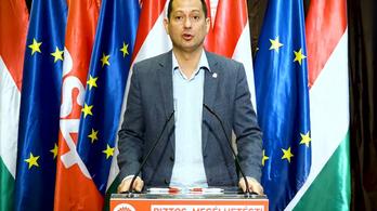 Az MSZP gyakornoki programot hirdet roma fiatalok számára