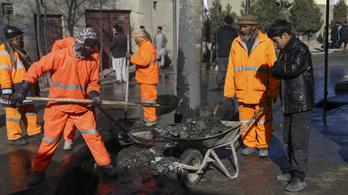Pokolgép ölt meg három orvost Afganisztánban
