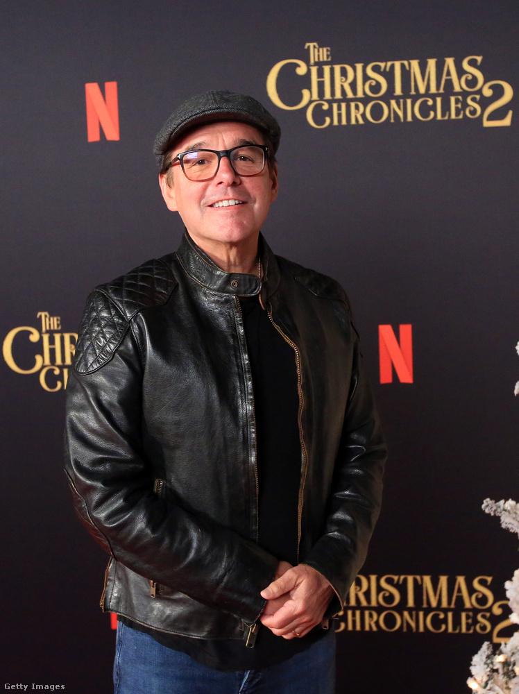 A Harry Potter-filmek után Chris Colombus a Rent című Broadway-musical filmadaptációjával hatalmasat bukott, de azóta is dolgozik, még ha nem is olyan tempóban, mint az ezredforduló környékén