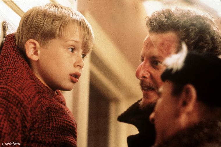 Merthogy ott vannak a film magyar címében emlegetett betörők, ők szintén 30 évet öregedtek azóta.