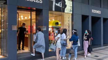 Öt év múlva Kínában vehetik a legtöbb luxusterméket a világon