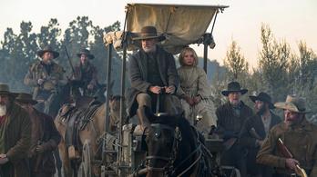 Először láthatjuk westernben Tom Hankst