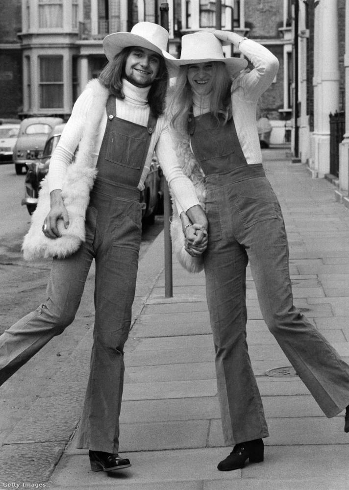 Ez megint egy esküvői kép, két huszonéves angol fiatal kelt éppen egybe Londonban 1971-ben