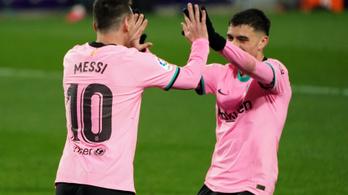 Messi újabb csúcsot döntött, simán nyert a Barcelona