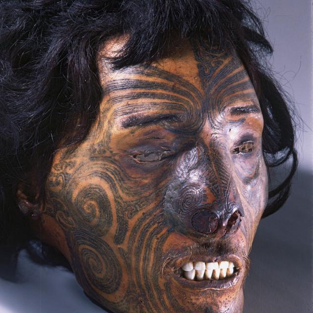 A több ezer éve megfagyott hercegnőn ősrégi tetoválás díszeleg - Különös formájú alkotásokat találtak a bőrén