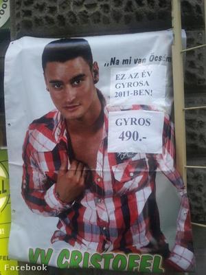 VV Cristofel okafogyottá vált plakátjával egy budapesti gyrosos reklámozta magát