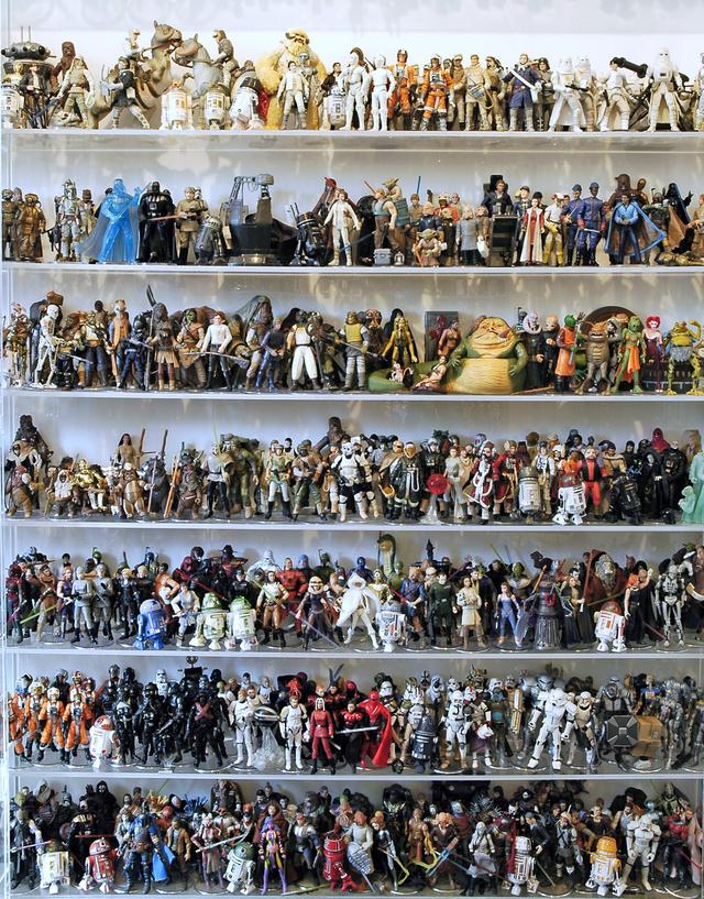 1950 darab Star Wars-figura eladó! - Klikk az óriásméretért!