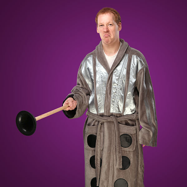 eff8 doctor who dalek bathrobe inuse