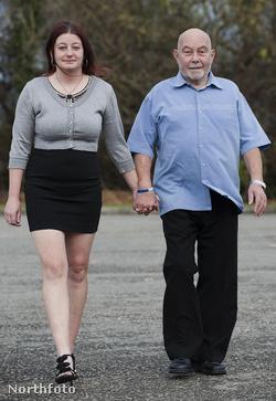 Sarah Doug és Arthur Hughes sétál
