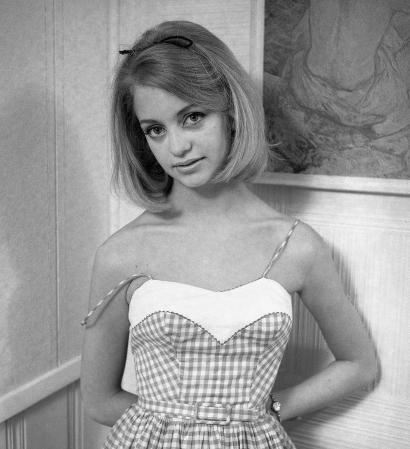 Goldie Hawn 18 évesen lélegzetelállítóan festett.