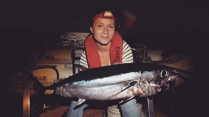 Halászat éjszaka a Tirrén-tengeren