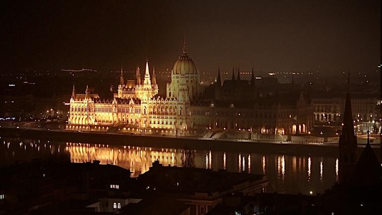 Karácsony Gergely sötétbe borította Budapestet
