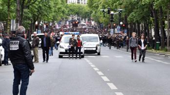 Megtiltják a drónok használatát a párizsi rendőröknek