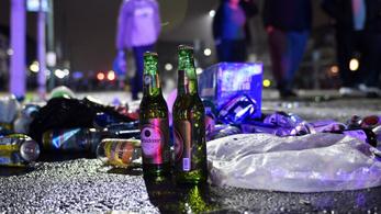 Mától január 3-ig tilos alkoholt fogyasztani a magyarországi utcákon