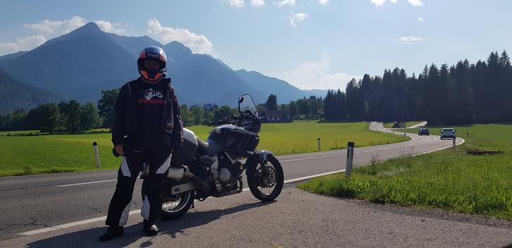 Ha a Cagivával el nem megyünk a Dolomitokba,idén kimarad a külföld Katinak