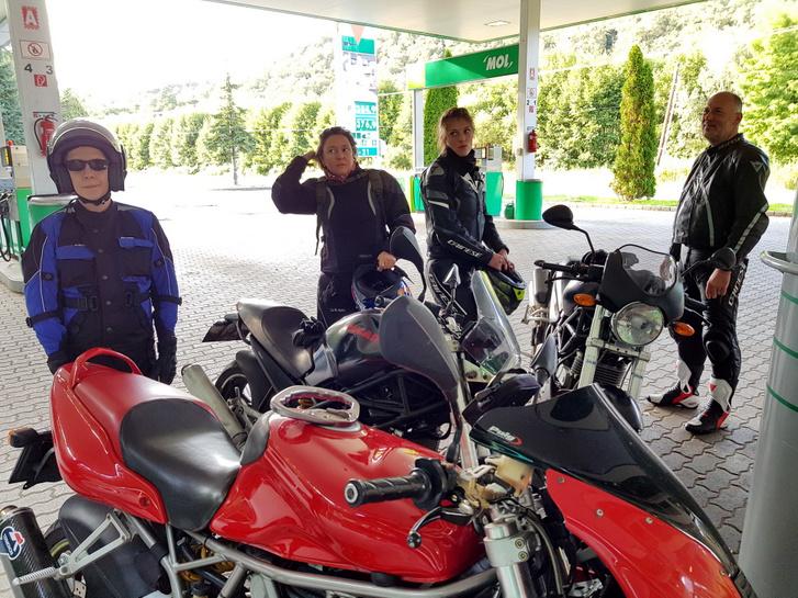 Ezen a túrán megtornáztattam Ducatim még mindig kiváló izmait