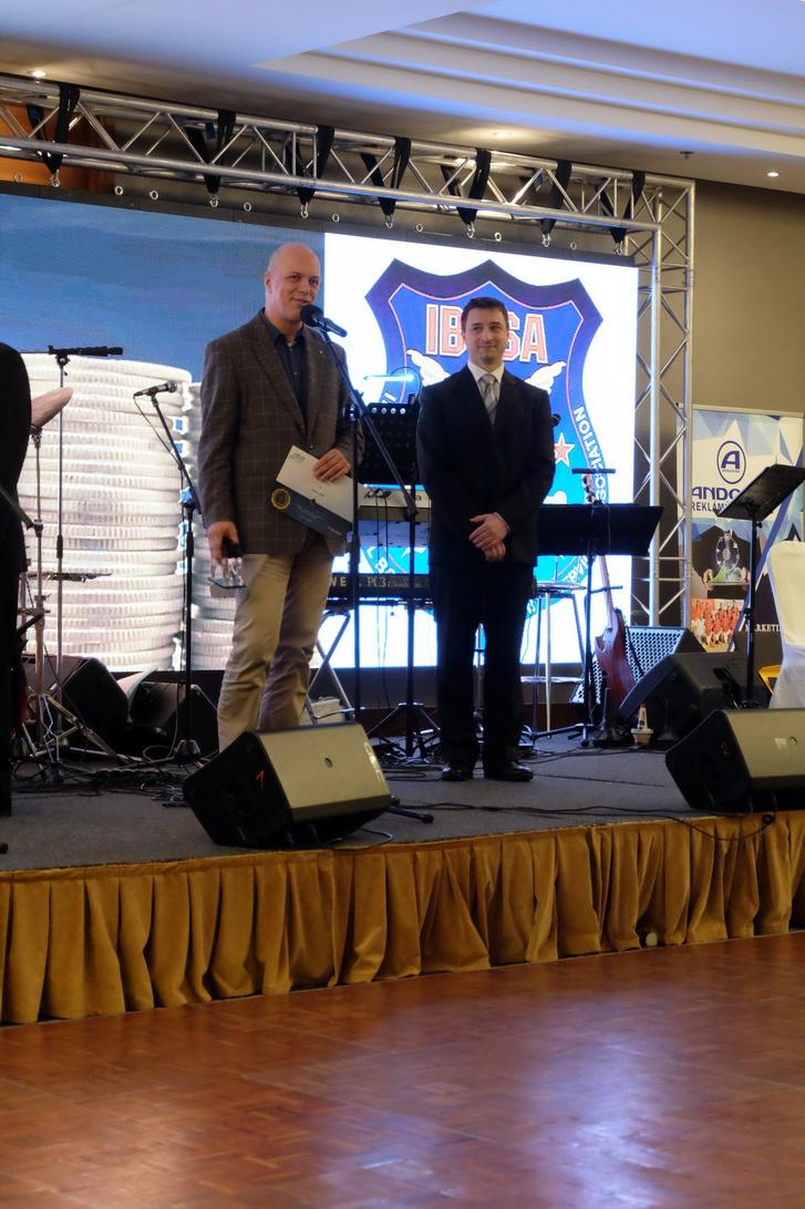 Privát kis ünnepem - médiadíjat kaptam a szóvivői gálavacsorán februárban